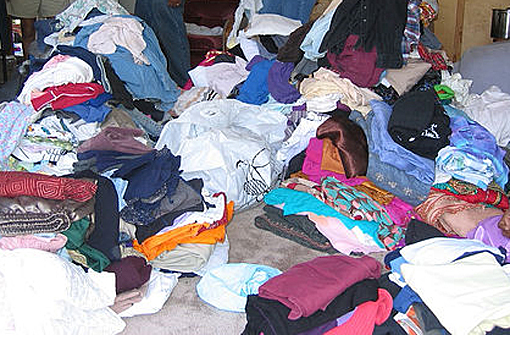 Another way to give your old clothes, rags and shoes a new purpose is