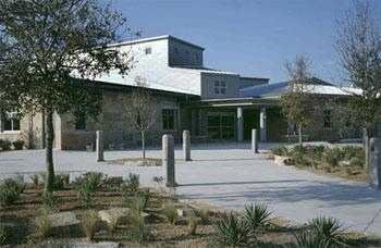 ruiz-library-austin-texas.jpg